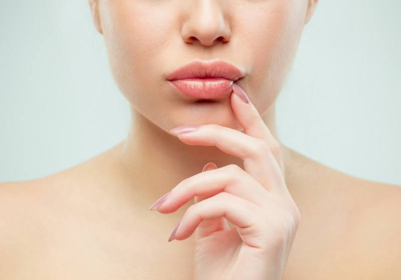 7 Treatments for Dark Upper Lip